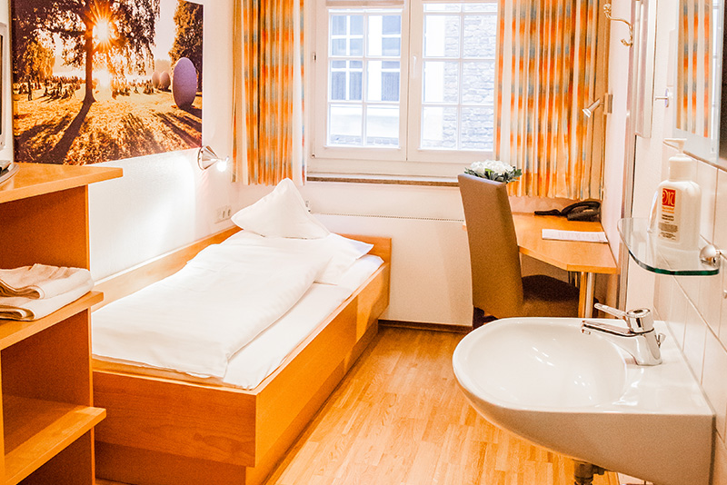 Single room with shared bathroom - Hotel Martinihof in Münster